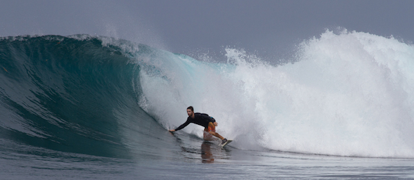 surfing-bank-vaults-mentawais